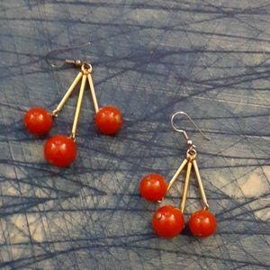 Vintage rust red beads earrings